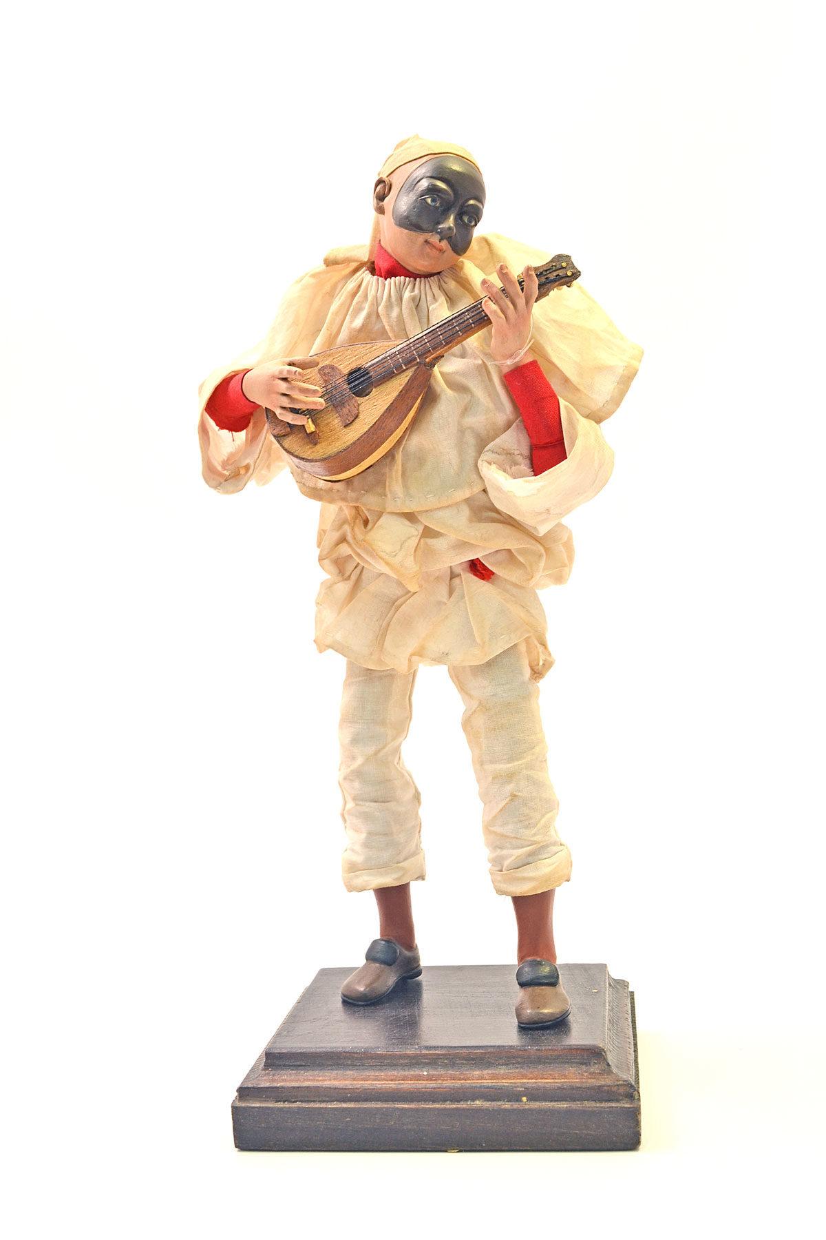 Pulcinella-pastore-bambino-con-mandolino-web